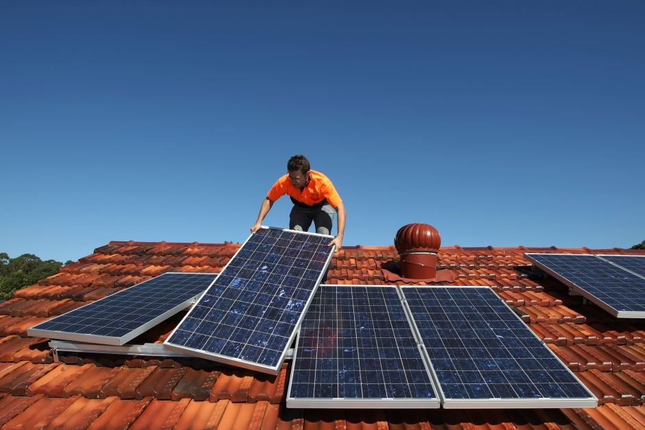 excluir instalaciones renovables pequeñas revisión rentabilidad razonable